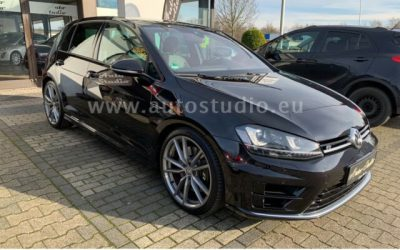 Volkswagen Golf VII R 4 Motion *Panorama*NAVI Discover Pro* |   24.999€